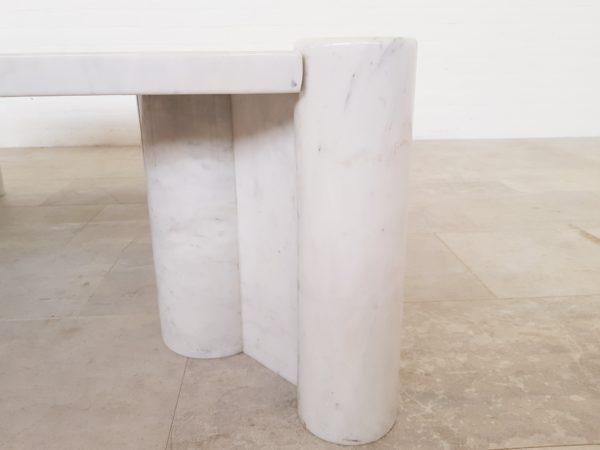Gae Aulenti Jumbo table