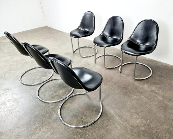 Maia Chairs Giotto Stoppino