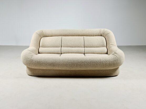 Nuava sofa, Emilio Guarnacci