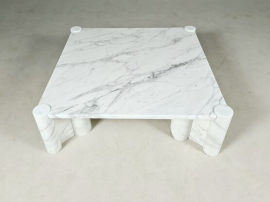 jumbo coffe table, Gae Aulenti