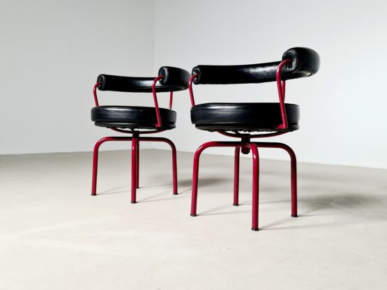 Cassina LC7 chair, Pierre Jeanneret